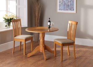 Brecon Table - Honey Open, with Naomi Chairs